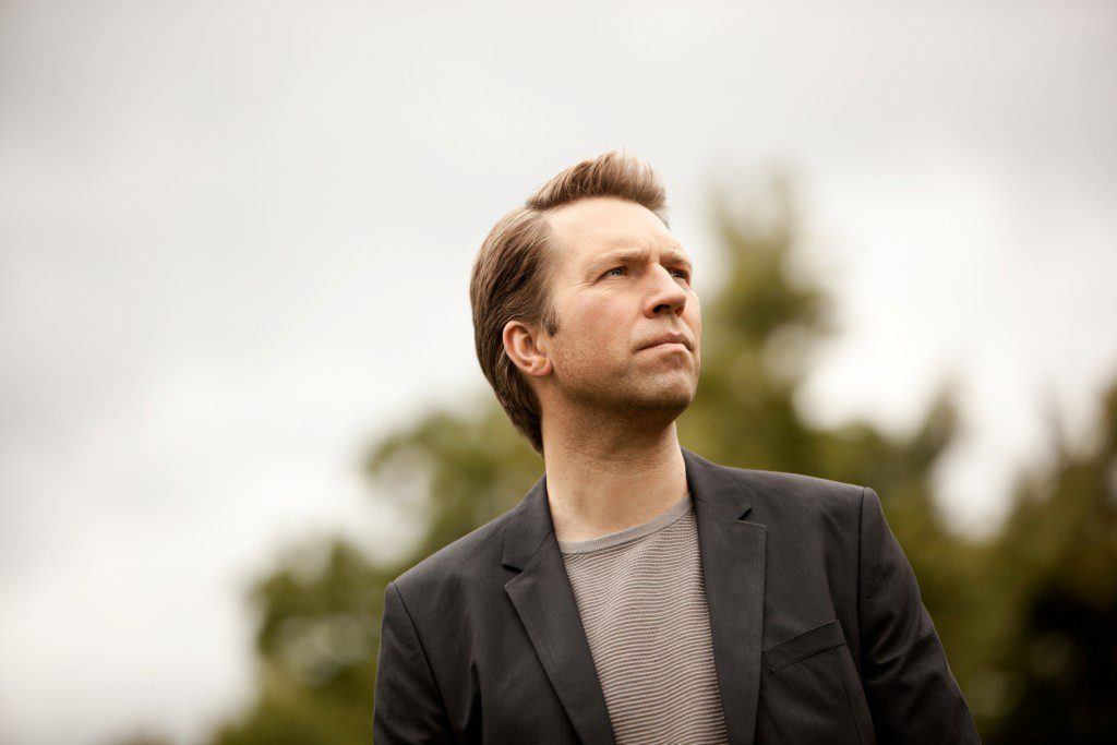 Leif Ove Andsnes. Photo: Özgür Albayrak. Top photo: Chris Aadland.